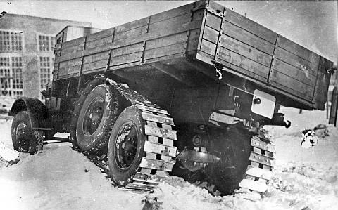 Quelqu'un reconnait ce camion? YaG-10_3